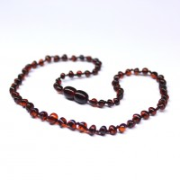 Polished Baroque Style Dark Cognac Teething Necklace