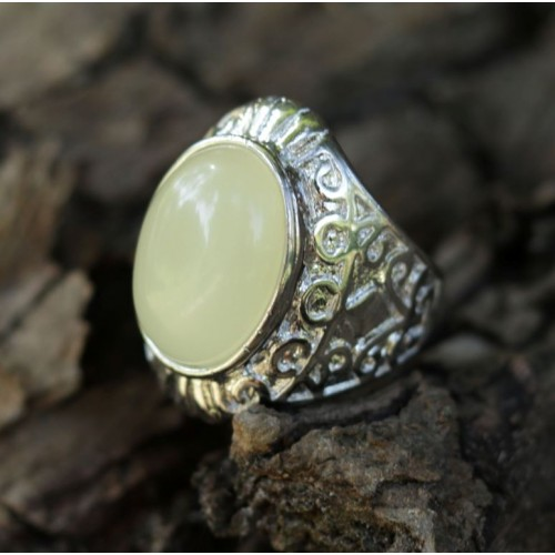 Silver Color Ring With Butter Color Baltic Amber Size 7 (17.5mm)