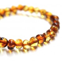 Polished Baraque Style Light Cognac Baltic Amber Adult / Mom Bracelet