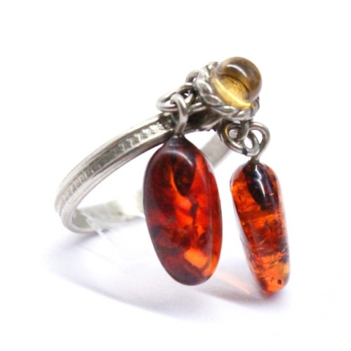 Soviet-era USSR Ring With Light Cognac Color Baltic Amber size 6 3/4 (17mm)