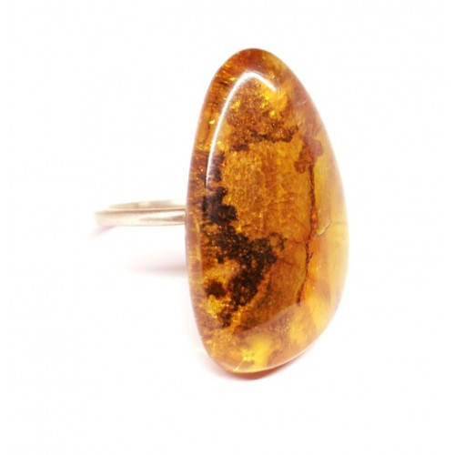 Soviet-era USSR Ring With Honey Color Baltic Amber size 7 WITH Ieaves of the tree INCLUSION